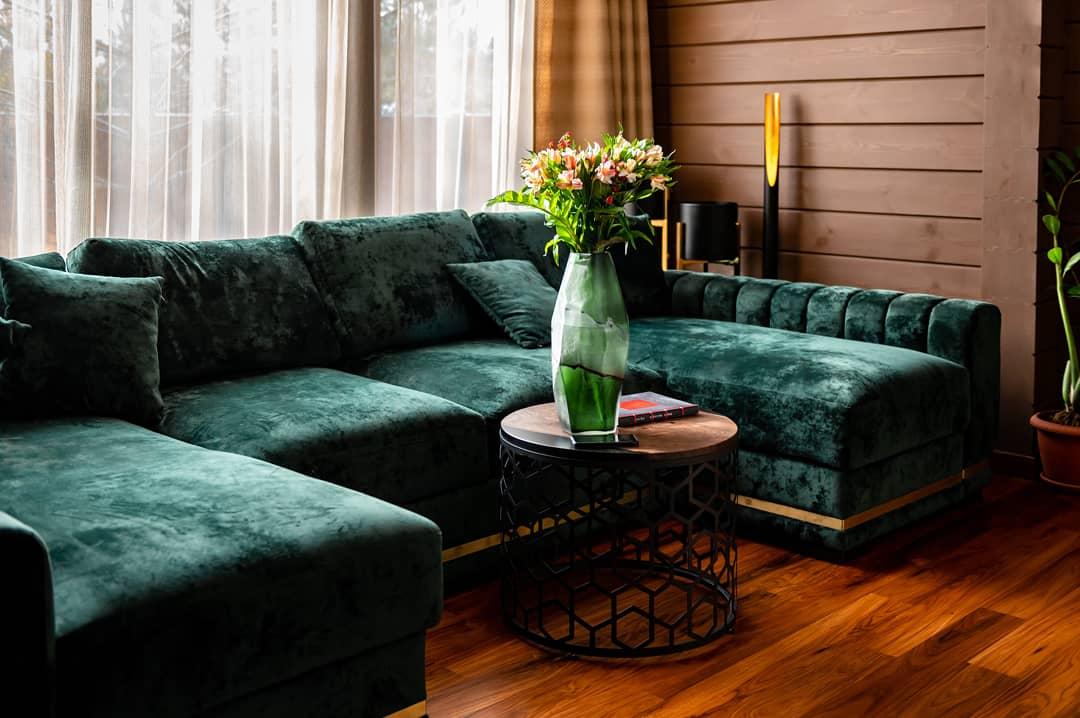 Реализация интерьер гостиной в загородном доме